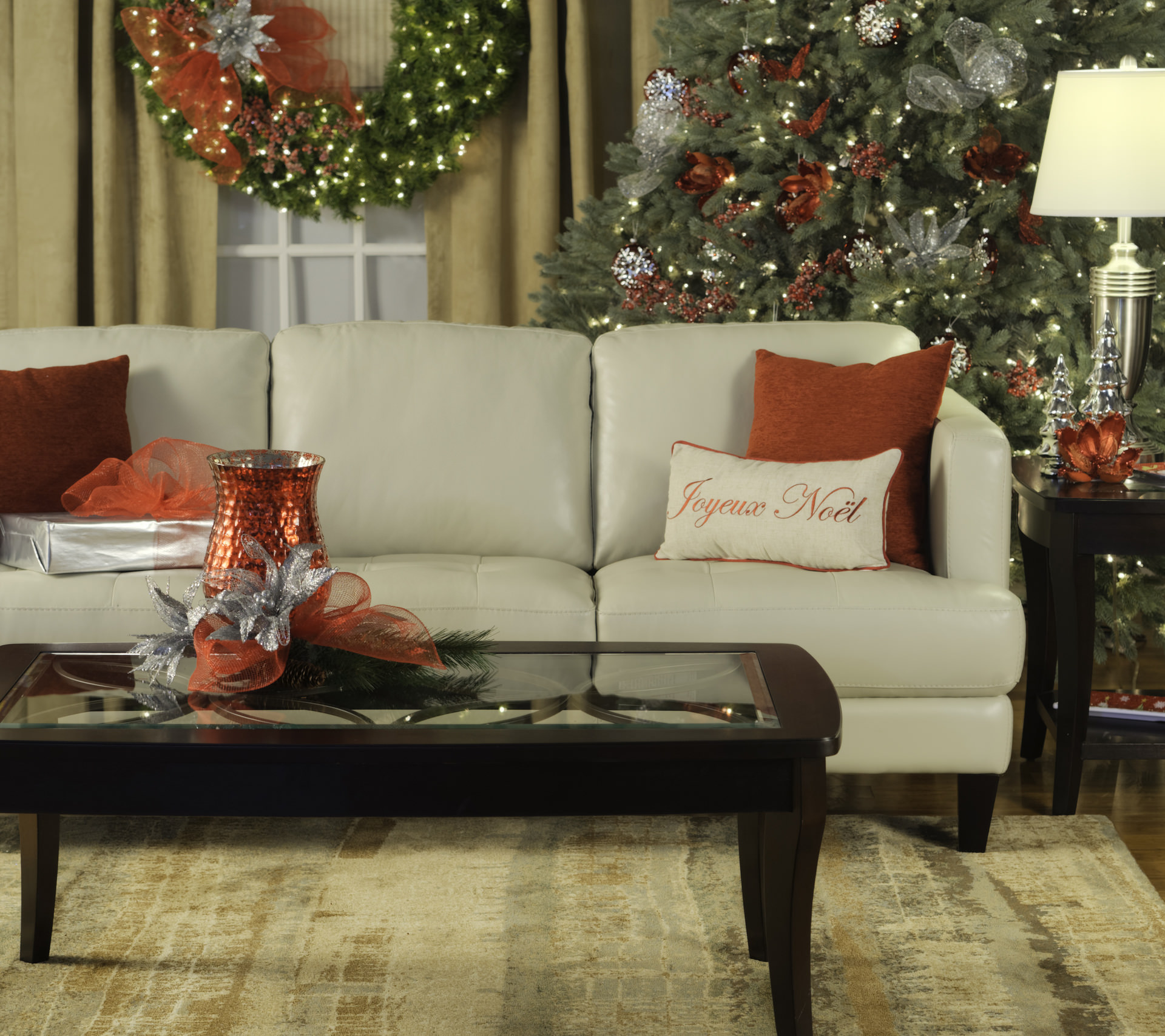 decorate your home for christmas with these tips