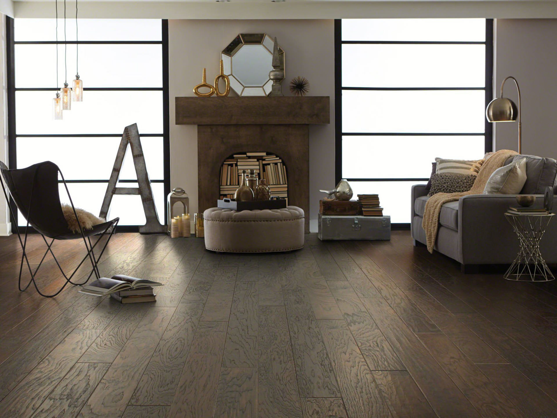 Warm And Inviting Wood Flooring Adds A Touch Of Elegance Easy Maintaility To Any